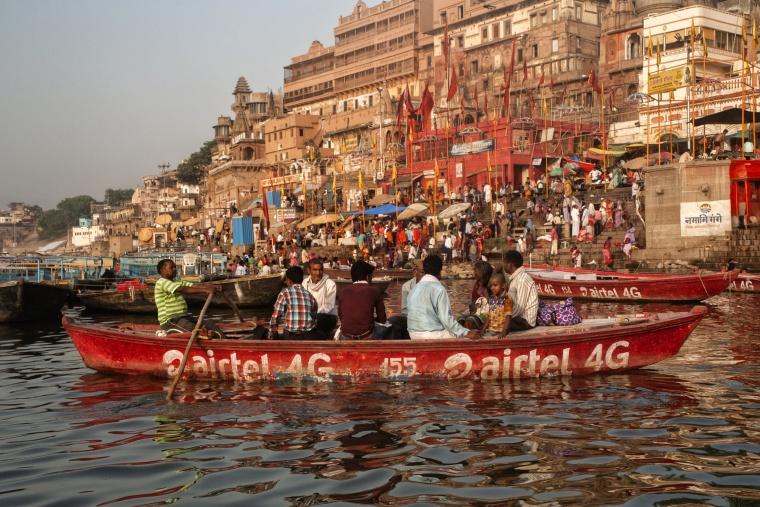 India, VARANASI: Sì, l'ho fatto il giro in barca!