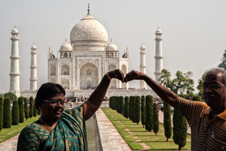 India, AGRA: L'insostenibile leggerezza della mia valigia