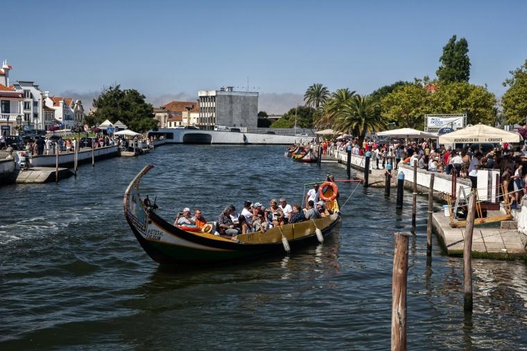 Portogallo, AVEIRO: Mi spiace ma se ti puoi permettere di sbagliare strada e tornare indietro senza dover salire in una barca allora non sei a Venezia