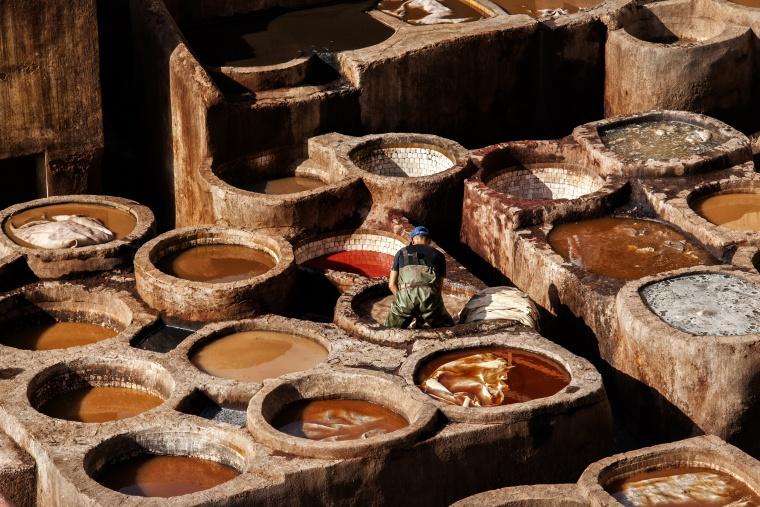 Marocco, FES: … e infine ho pensato che sì, c'era la possibilità che io cadessi in una delle vasche per la concia…