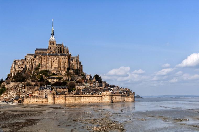 Francia, MONT SAINT-MICHEL: Tanti auguri a me (e smettetela con lo Zodiac Shaming!!!)